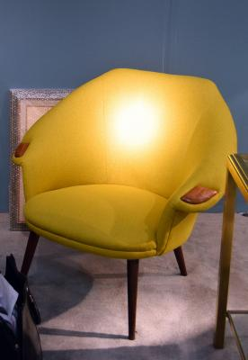 07Yellow-Armchair-Leather-Details